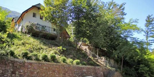 Vila Šarac