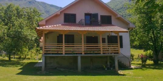 Vila Tri Omorike