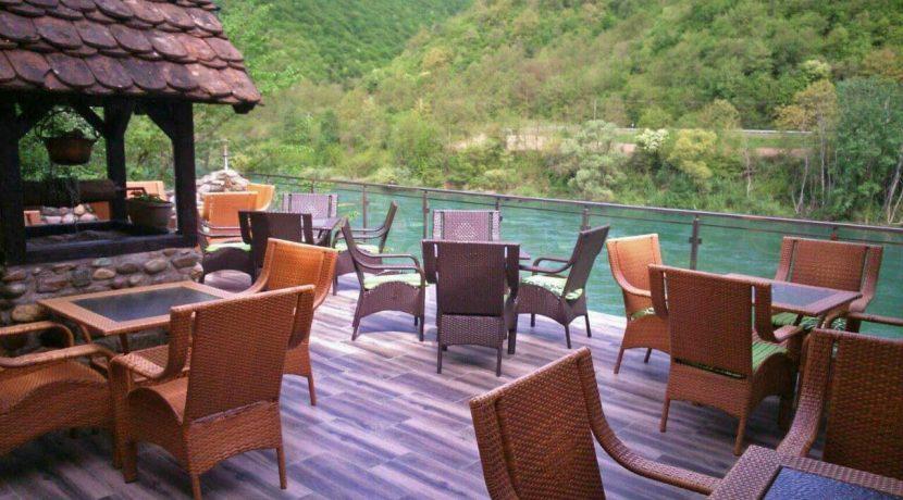 Restoran-odmor-na-drini-bajina-basta-3
