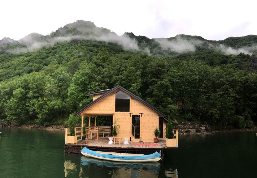 kuca-plutajuca-splav-smestaj-drina-jezero-perucac-odmor-9