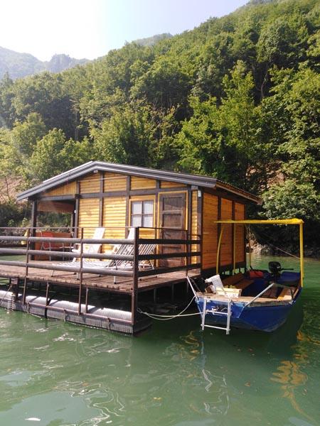 splav-ms-perucac-odmor-na-splavu-smestaj-jezero (3)