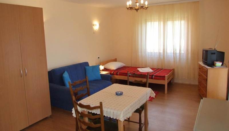 vila-konstantinovic-perucac-s11