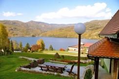 vila-jezero-perucac-3-e1434112804154