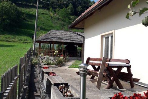vikendica-obradovic-perucac-odmor-smestaj (2)