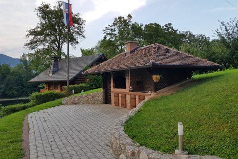 vila-vujic-bajina-basta-drina-smestaj-odmor (2)