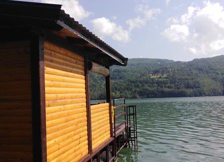 splav-ms-perucac-odmor-na-splavu-smestaj-jezero (11)