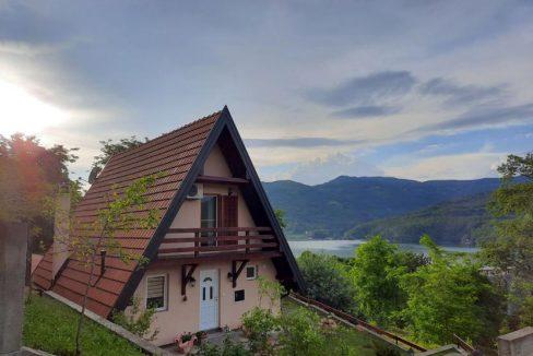 vikendica-sneza-perucac-jezero-smestaj-10