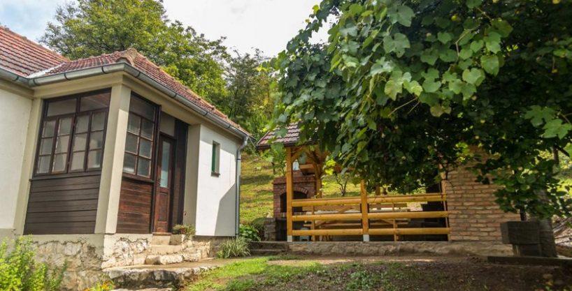 Rustična kuća Crvena stena