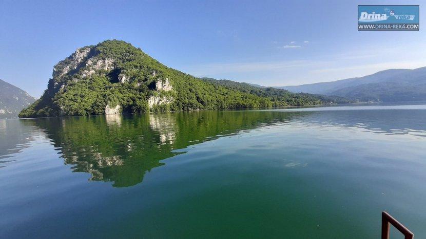 splav-panorama-perucac-smestaj-odmor-15