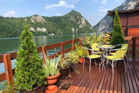 splav-greenraft-perucac-jezero-smestaj-1