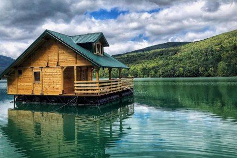 splav-kucicare-jezero-perucac-smestaj-3