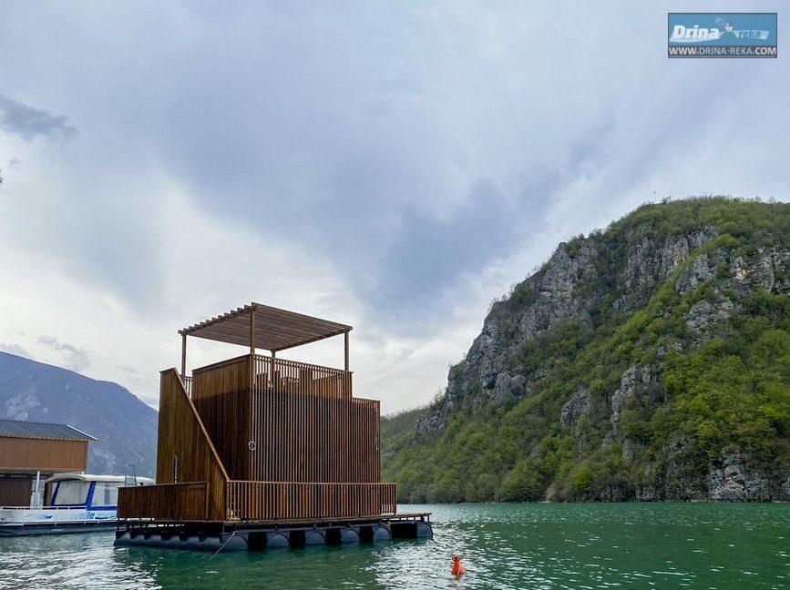escape-house-splav-jezero-perucac (24)