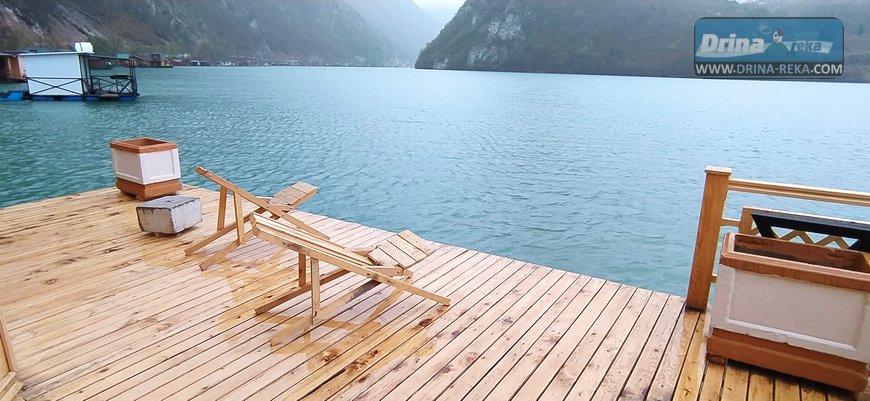 splav-horizont-jezero-perucac-smestaj-4