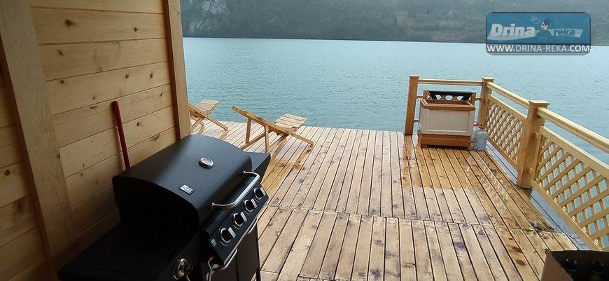 splav-horizont-jezero-perucac-smestaj-5