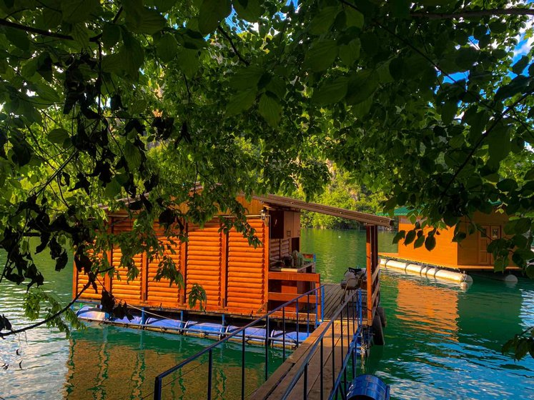 perucac-splav-oaza-mira-smestaj-1