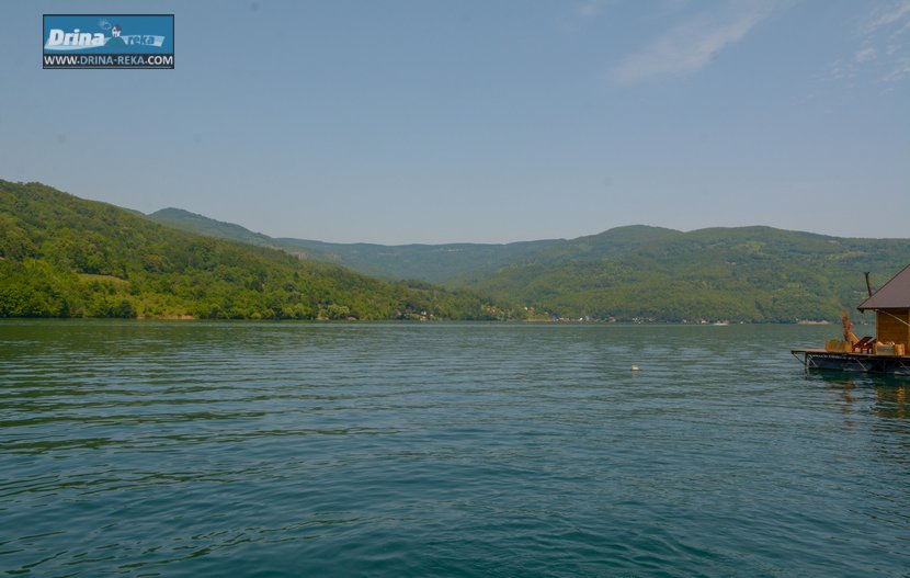 splav-relax-jezero-perucac-smestaj-15