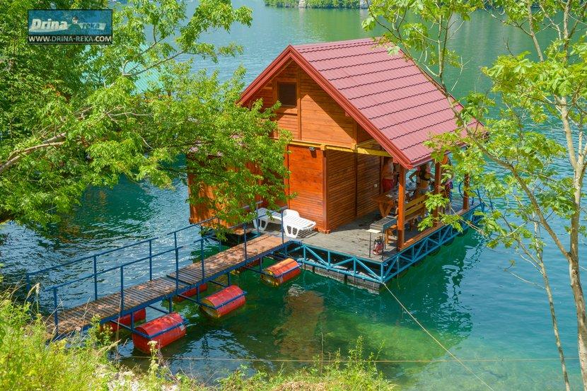 splav-relax-jezero-perucac-smestaj-8